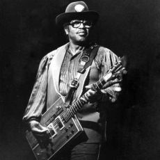 Bo Diddley #157
